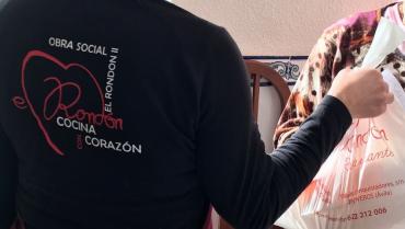 Obra Social Cocina Con Corazón:Tapa Solidaria Revolconas S XXI